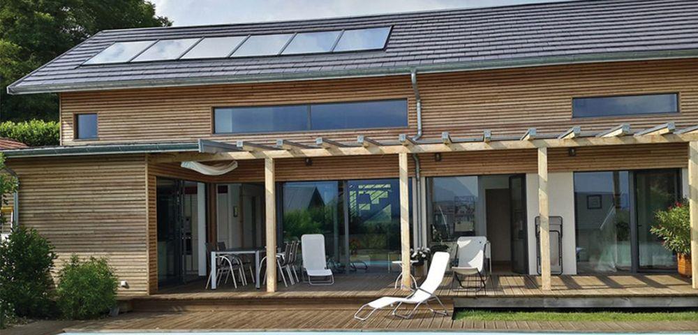 économie d'énergie chauffage et eau chaude solaire maison dans le neuf